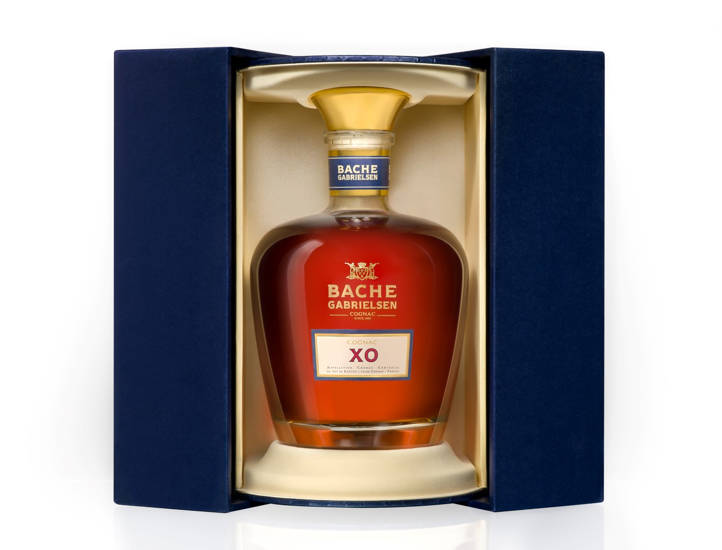review bache gabrielsen xo decanter cognac drinkhacker. Black Bedroom Furniture Sets. Home Design Ideas