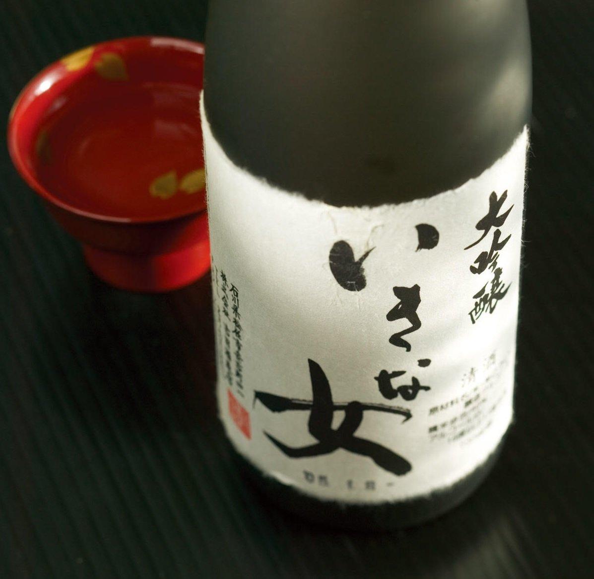 """Tedorigawa Iki na Onna """"Lady Luck"""" Daiginjo Sake"""