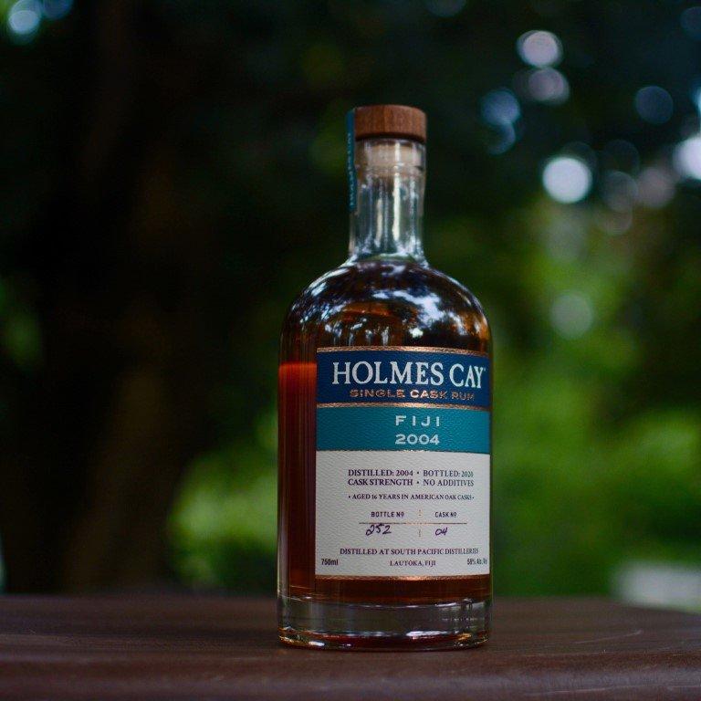 Holmes Cay Single Cask Rum Fiji 2004